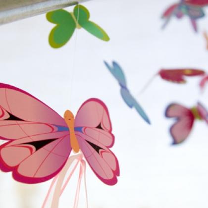 Как сделать поделку из бабочек