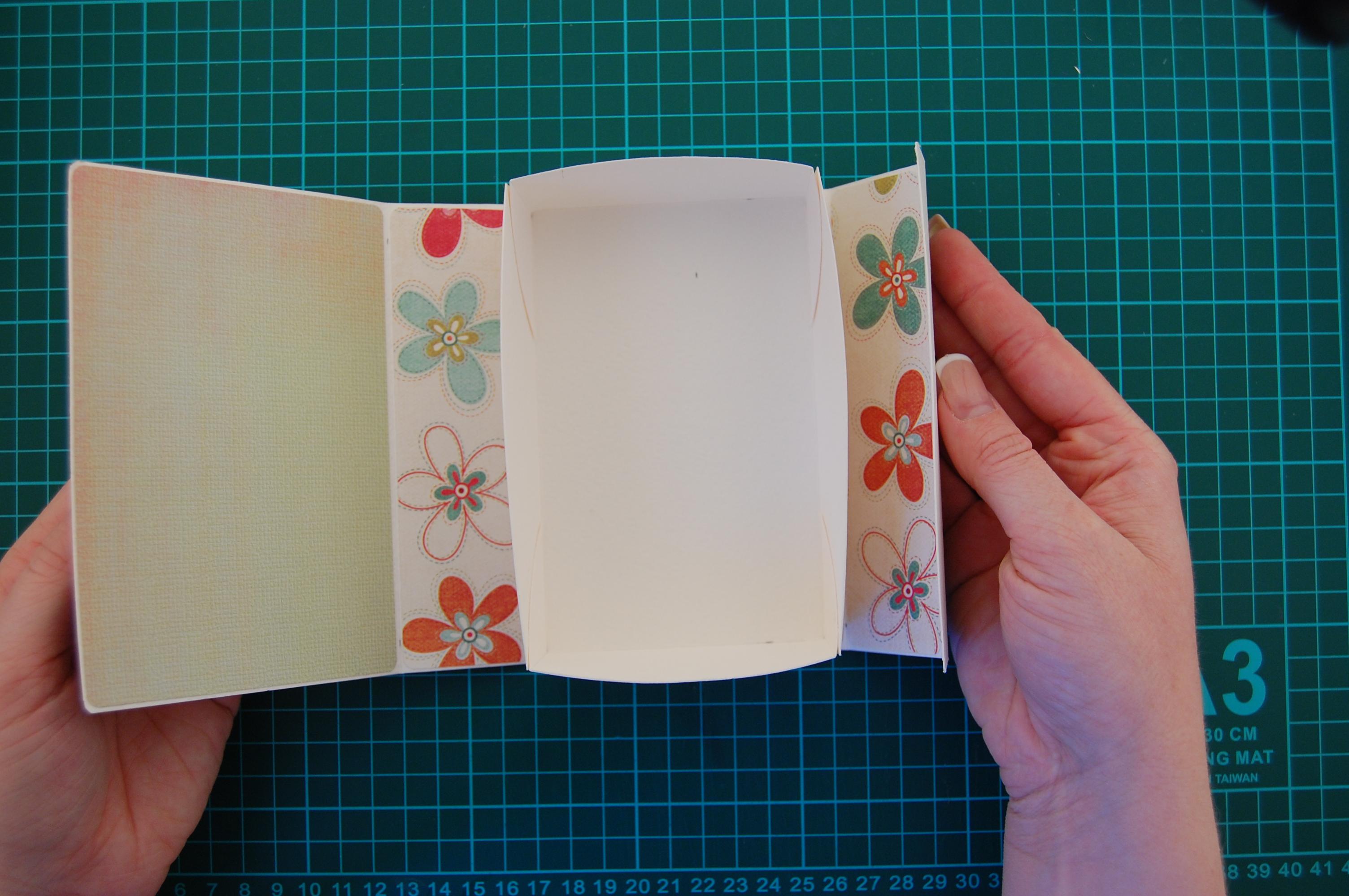 Как сделать открытку в коробочке